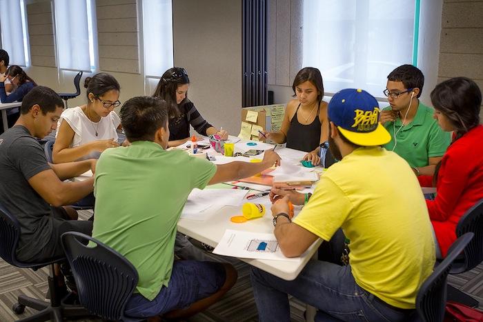 Esfuerzo, esmero, innovación y empresarismo entre los estudiantes del RUM