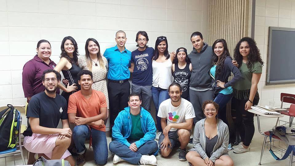 Estudiantes participantes del 2016 Physics Summer Research Symposium