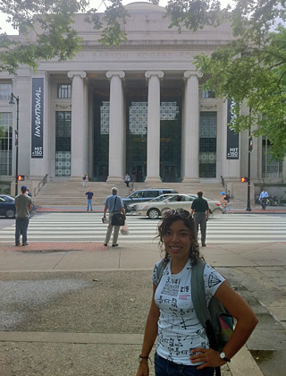 Melissa Cruz Acu&ntilde;a, durante un internado de verano en Massachusetts Institute of Technology (MIT).<br>Suministrada