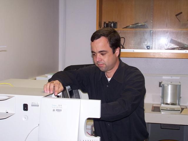 Dr. Marco De Jesús